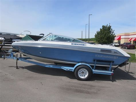 Four Winns Boats Pictures by 1989 Used Four Winns 180 Horizon Bowrider Boat For Sale