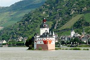 Rhine river, Germany - the river of castles-we took a ...