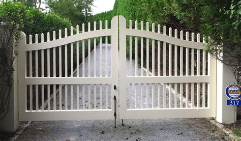 Fence - Gate : East Hampton Fence & Gate