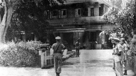 shelter ri  siapa laksamana maeda perwira jepang  disebut berperan  proklamasi