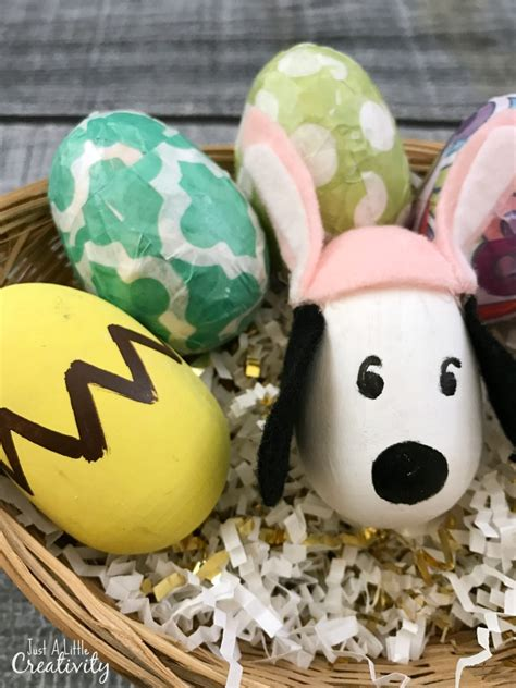 simple diy charlie brown  snoopy easter eggs