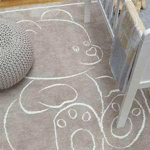 Tapis moderne en coton beige avec motif ourson pour for Tapis enfant avec canapé photo