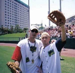 567 Best Ahhh Love Him Images On Pinterest Eminem Rap