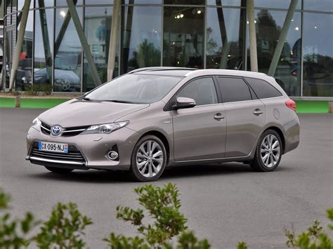 Toyota Auris Touring Sports Hybrid 1 by Albums Photos Toyota Auris Hybrid Touring Sports
