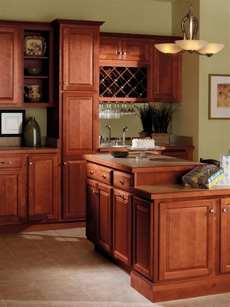 cinnamon colored kitchen cabinets quality cabinets harborview birch cinnamon kitchens 5422