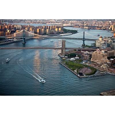 Brooklyn Bridge ParkDumbo NYC