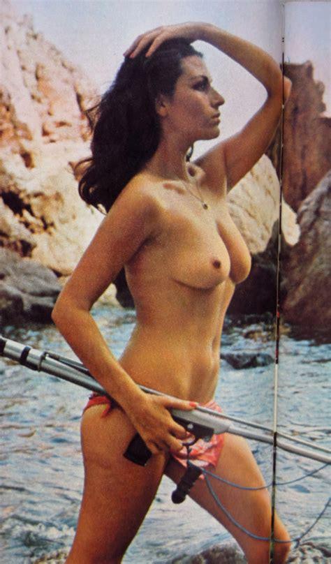 Elizabeth Teissier Nude Pics Page 2