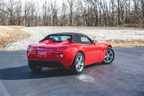 pontiac solstice want a nearly new pontiac solstice here 39 s your chance