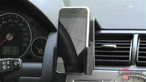 das iphone im auto halterung freisprecheinrichtung und