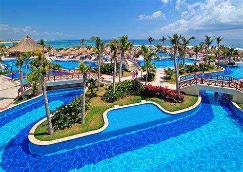 Hotel Bahía Príncipe, Uno De Los Mejores Hoteles En La