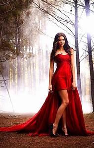 robe de bal vampire diaries tenues pinterest sexy With robe de vampire