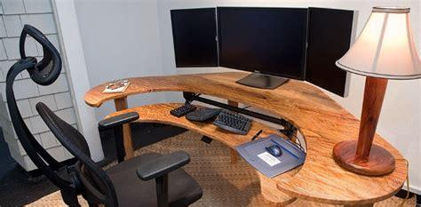 le bon coin bureau informatique un pc avec trois écrans pour quoi faire comment faire