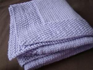 Petite Couverture Bébé : tricoter une petite couverture pour bebe ~ Teatrodelosmanantiales.com Idées de Décoration