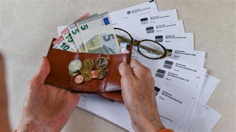 Geld Steuern Bauen Das Aendert Sich 2018 by Rente Pflege Steuer Familie Und Arbeit Das 228 Ndert
