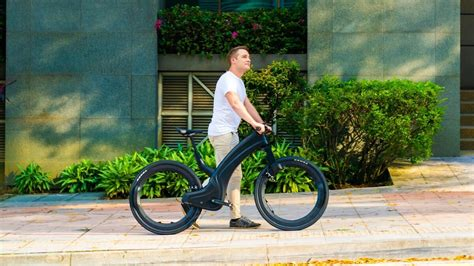 Best eBikes of 2020—a hubless eBike, a unibody carbon ...