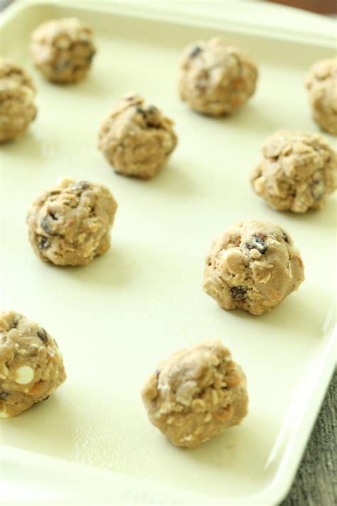 cookies dough cookie baking sheet raisin oatmeal
