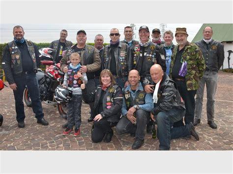 Moth Bikers Support Cancer Awareness