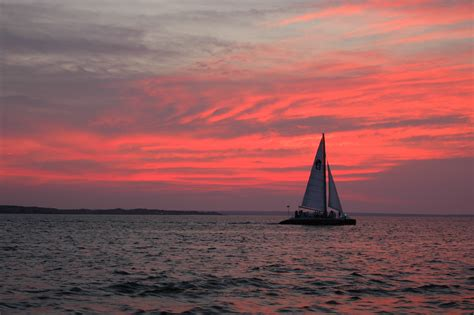 Sailboats With Net by Sailboat Pictures At Sunset Impremedia Net