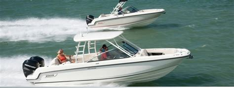 Boston Whaler Wakeboard Boat by 25 Best Ideas About Pilothouse Boat On