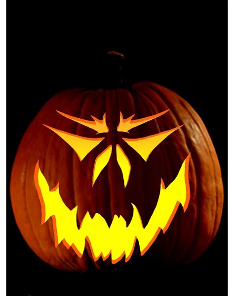 scary pumpkin carving pic half scary o 39 lantern