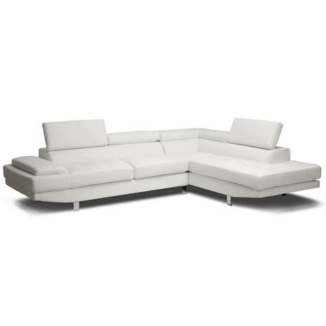 Furniture: Exquisite Comfort With Leather Tufted Sofa