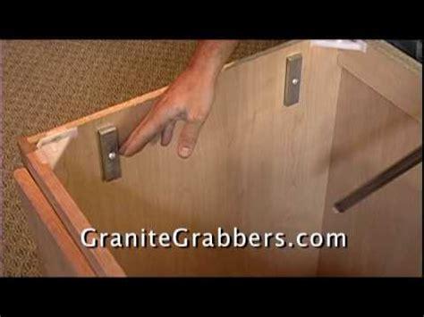 secure sink bar by granite grabbers
