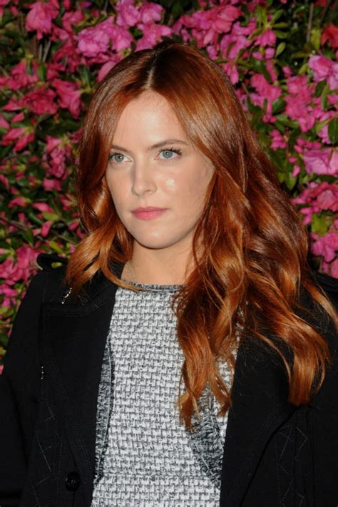 riley keough  facts figures  hollywood gossip