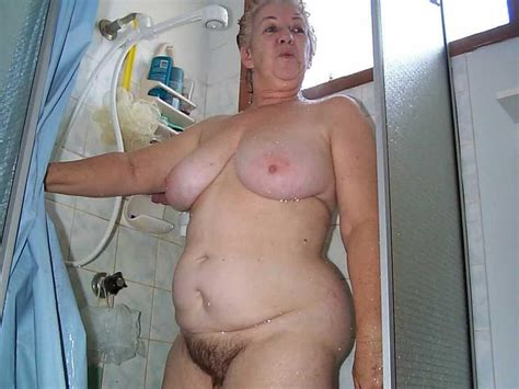 Naked Old Lady Mature Porn Pics