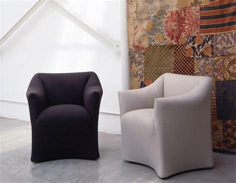 poltrona piccola 684 armchairs from cassina architonic