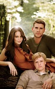 The Hunger Games Cast Photos | delicious to c
