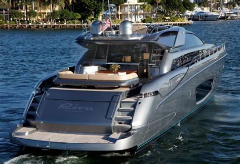kenny chesney boat yacht riva come domino 86 ice yachts feet metallic boats key boating west chesneys luxury cost wire