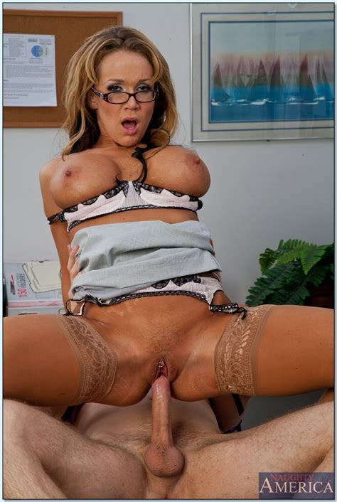 Naughty Teacher In Glasses Nikki Sexx Gets Fucked By A