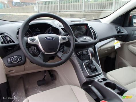 2014 Ford Escape Interior Dimensions by Medium Light Interior 2014 Ford Escape Se 1 6l