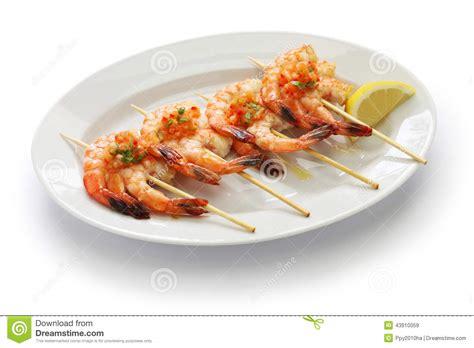 cuisine gambas brochetas de gambas grilled shrimp skewers stock
