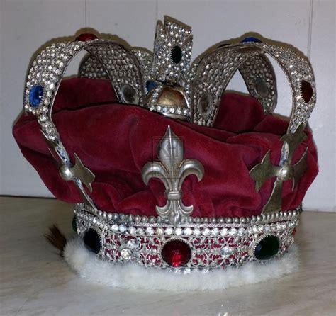 Crown Jewels Prop Hire » Crown Jewels - Keeley Hire