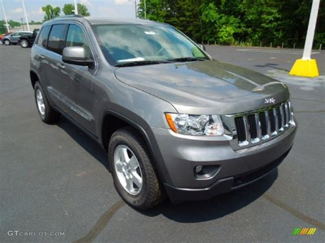 jeep grand cherokee gray 2012 mineral gray metallic jeep grand cherokee laredo