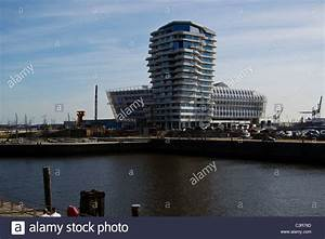 Hamburg Marco Polo Tower : hamburg marco polo tower and unilever center stock photo royalty free image 36775325 alamy ~ Indierocktalk.com Haus und Dekorationen