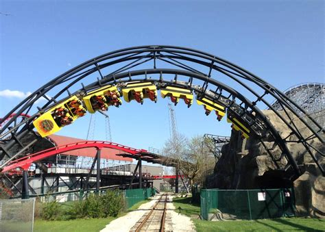 Guide To Six Flags Great America « CBS Chicago