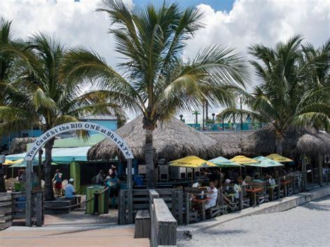 venice beach sarasota restaurants island bars sharky drive 1600 fl harbor florida eve area sharkys 1456 heraldtribune ticket manatee pier