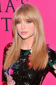Taylor Swift Holiday Hair