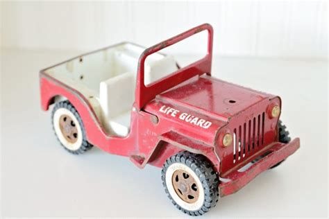red toy jeep bright red tonka lifeguard jeep tonka toy 39 s pinterest