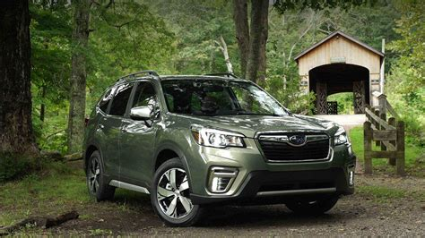 subaru forester  ground clearance model