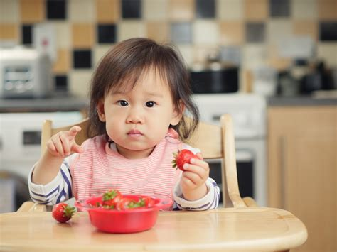 When Can I Introduce Solid Foods To My Baby Health