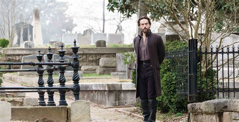 'Sleepy Hollow' season 3 finale review: A phoenix burns