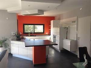 cuisine mur peinture de mur interieur avec tableau art With carrelage adhesif salle de bain avec mini spot led encastrable pour escalier