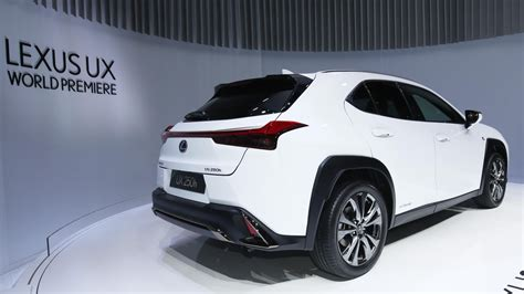 lexus ux  downsized luxury crossover