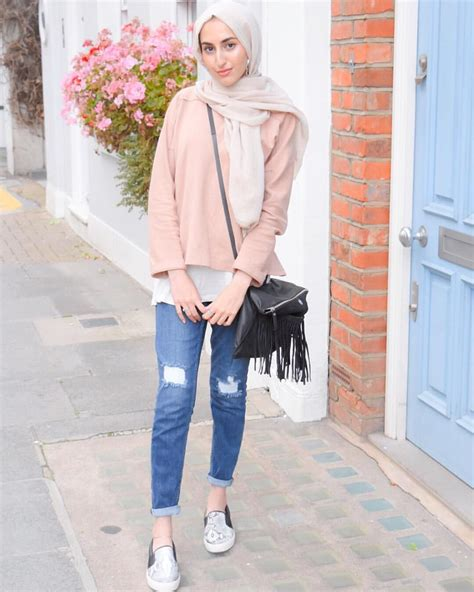 london street style  casual hijab collection street