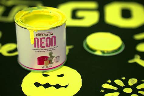 neon paint yellow 125ml by designer paint