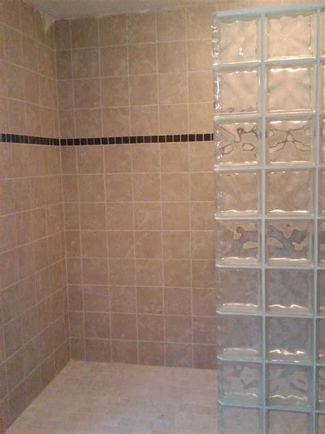 melita toniolo rubinetto doccia con parete vetrocemento