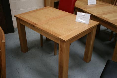 oak butterfly table butterfly extending tables extending oak dining tables 1127